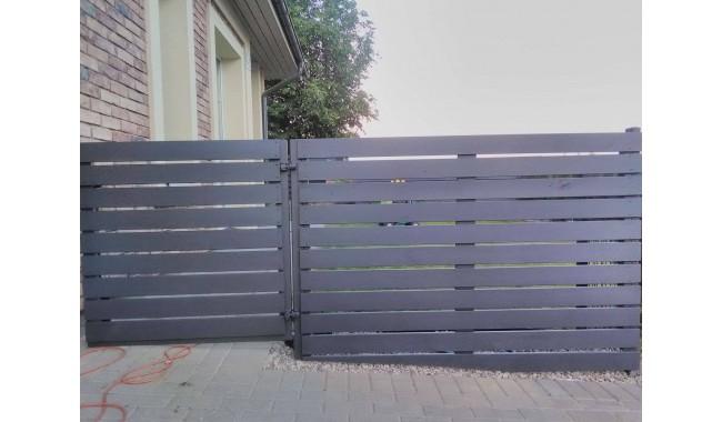 Medinė tvora