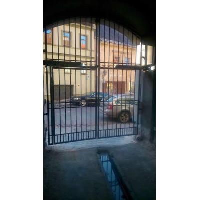 varstomi kiemo vartai